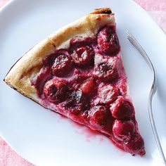 Clafouti - Clean Eating - I made this for breakfast this morning. It is wonderful!!  And very, very easy. And if you're doing Weight Watchers it is only 2 points/serving. I imagine you could also use blueberries or any other berry. YUM!
