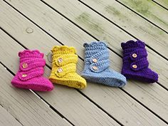 Child's Classic Snow Boots Crochet Pattern, Pdf Crochet Pattern, US Kid's sizes 9 to 4 - Crochet Dreamz Crochet Keychain Pattern, Crochet Gloves Pattern, Crochet Lace Edging, Cute Crochet, Crochet For Kids, Crochet Patterns, Kids Slippers, Crochet Slippers, Crochet Squares Afghan