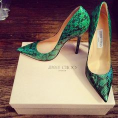beautiful jimmy choo 'anouk' pointed pumps. love the colour. #shoeporn