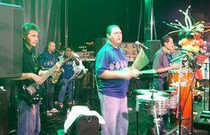 Performing @ Relevo Por La Vida.