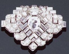 Cartier London Art Deco Diamond Clip by Clive Kandel, via Flickr