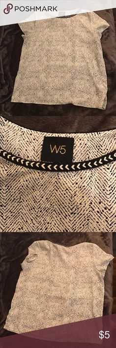 Black and White Print Blouse Looks awesome with leather leggings or tucked into a skirt with a blazer. Red stain on back. May wash out. Price reflects blemish.    💥Spend $20 in my closet and get $5 towards any other item(s) listed in my closet! No cap on earning. Select free items within 24 hours of your purchase. See my seller profile for additional details :)💥 W5 Tops Blouses