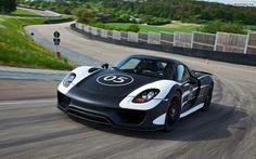 Porsche Carrera GT. You can download this image in resolution 1680x1050 having visited our website. Вы можете скачать данное изображение в разрешении 1680x1050 c нашего сайта.