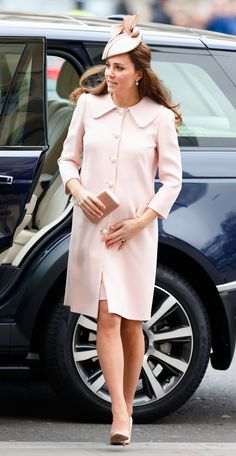 A Look Back at Kate Middleton's 18 Best Maternity Looks