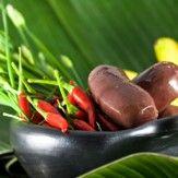 [CRÉOLE]   La cuisine créole est un mélange d'influences aussi bien malgache, française, indienne ou encore africaine. Ces influences sont plus ou moins fortes selon qu'il s'agit de la cuisine créole antillaise, réunionnaise, guadeloupéenne ou dominicaine.