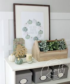 Dollar Store Burlap Leaves Mini Sign - The Crazy Craft Lady Fall Wood Crafts, Easy Fall Crafts, Fall Diy, Blue Fall Decor, Fall Home Decor, Fall Wood Signs, Shabby Chic, Fall Pillows, Fall Projects