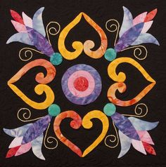 Appliqué looks amazing against a dark background Heart Quilt Pattern, Quilt Block Patterns, Applique Patterns, Quilt Blocks, Hand Applique, Felt Applique, Applique Quilts, Embroidery Applique, Quilting Projects