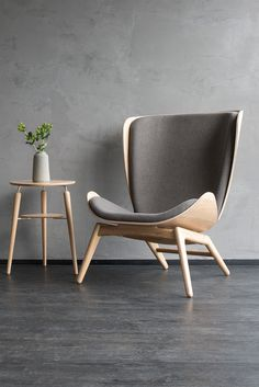 The READER armchair is the perfect place to relax in a good book. Chair And Ottoman, Sofa Chair, Moderne Couch, Home Furniture, Furniture Design, Living Room Background, Interior Architecture, Interior Design, Lounge Chair Design