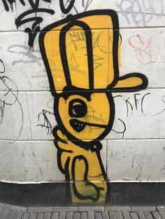 Cartoonesk #guy #streetart in the #Lutkenieuwstraat #Groningen #Netherlands
