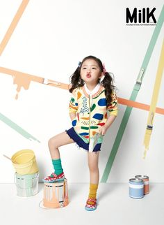 18 Ideas kids children photography outfit for 2019 Kids Fashion Photography, Clothing Photography, Children Photography, Milk Magazine, Kids Studio, Poses References, Kid Poses, Kids Branding, Kid Styles