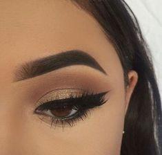Eye Makeup Tips.Smokey Eye Makeup Tips - For a Catchy and Impressive Look Kiss Makeup, Prom Makeup, Cute Makeup, Gorgeous Makeup, Pretty Makeup, Wedding Makeup, Hair Makeup, Makeup Eyebrows, Makeup Hairstyle