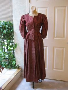 Vintage 3 piece custom made ruby red evening skirt suit, antiqued ruby red embossed jacket camisole skirt suit size M