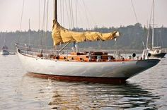 Anna by Sparkman & Stephens Classic Sailing, Classic Yachts, Sailing Charters, Sailing Yachts, Cruise Italy, Sail Racing, Wooden Sailboat, Classic Wooden Boats, Sailing Holidays