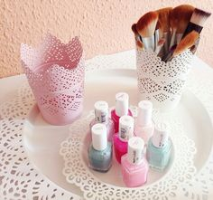 love the little storage cups ♡ so pretty and perfect for keeping things neat in your room.
