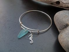 Sea glass jewelry  Sterling silver expandable por FatCatsOnTheBeach, $35.00