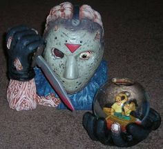 Beware the Horror! : Dream Collectibles: Horror Snow Globes