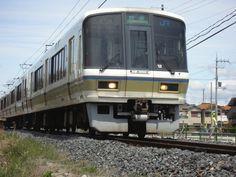 JR 221 series train, serving in West JR Wakayama Line.