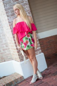 Dress to impress in this perfect summer outfit! Date Night or Girls Day Out - cute, casual, flowy and cool! New arrivals for Summer now at ShopSandestin.com!
