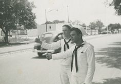 Rice Institute sailors from the Navy V-12 program hitchhiking, c. 1942