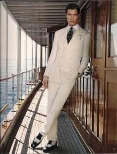 Ralph Lauren Purple Label Summer Suit photo by Sheila Metzner Gentleman's Gazette Groomsmen Suits, Mens Suits, Mode Vintage, Vintage Men, Ralph Lauren, Men's Tuxedo Wedding, Vintage Wedding Suits, Costume Blanc, White Suits