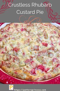 Rhubarb Custard Pies, Strawberry Rhubarb Pie, Rhubarb Cake, Custard Desserts, Rhubarb And Custard Recipes, Rhubarb Dishes, Cooking Rhubarb, Rhubarb Pudding, Cold Desserts