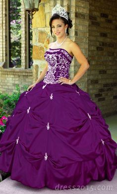 love this Quinceanera Dresses