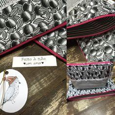 Kit com 2 nécessaires em tecido 100% algodão, forradas e com zíper. A maior tem a medida de 27x20 cm e a menor mede 22x16 cm. Consulte sobre outros tamanhos e modelos.