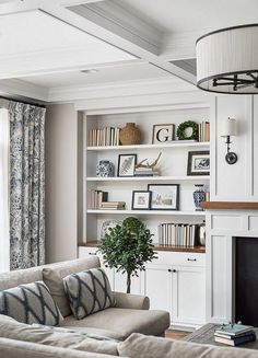 82 wonderful modern farmhouse living room decor ideas 17 82 wonderful modern farmhouse living room decor ideas 17 Kiss Home Kiss Home 82 Wonderful Mo… Living Room corner Built In Shelves Living Room, Living Room With Fireplace, New Living Room, Living Room Sofa, Home And Living, Family Room With Sectional, Small Living, Hamptons Living Room, Hanging Fireplace