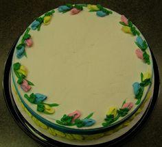 Dairy Queen Icecream Cake Designs Dessert Recipes 29 New Ideas Dairy Free Brownies, Dairy Free Cookies, Rosebud Cakes, Dairy Queen Cake, Cake Decorating Frosting, Cake Borders, Cake Recipes, Dessert Recipes, Cake Writing