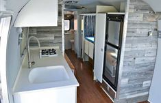 Rv living & camper remodel interior design ideas (74)