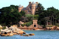 chateau de Costaéres à ploumanac'h côtes d'armor Bretagne