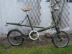 Old Moulton Bicycle (1967 )