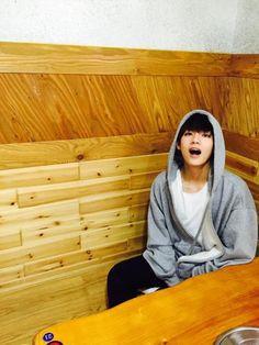 Taehyung is in love with his school's fuck boy Jeon Jungkook. Namjoon, Bts Taehyung, Bts Bangtan Boy, Seokjin, Suga Suga, Bts Jungkook, Daegu, Yoonmin, Foto Bts