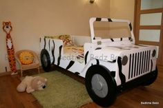Jeep Bed. I think this would be a cool pet bed (outdoor?) and Terry would love it!!