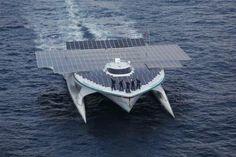 Το μεγαλύτερο ηλιακό σκάφος στον κόσμο ερευνά τον βυθό της Αργολίδας