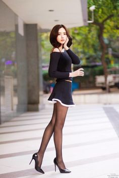 Pin by ECA on Sexy t Asian Asian woman and Beautiful Beautiful Asian Women, Beautiful Legs, Sexy Dresses, Short Dresses, Pernas Sexy, Style Feminin, Sexy Women, Vestidos Sexy, Sexy Asian Girls