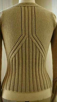 ravelry project gallery for debardeur femme 427 480 pattern by phildar design team - PIPicStats Sweater Knitting Patterns, Knitting Designs, Knitting Stitches, Knitting Needles, Knit Patterns, Free Knitting, Knitting Projects, Cardigans Crochet, How To Purl Knit