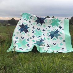 PDF Pattern for Breeze Quilt. Queen Size Patchwork Classic Modern Pattern. Sew your own handmade quilt.