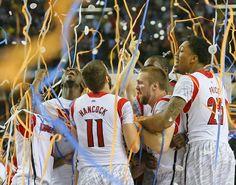 040813 ATLANTA: Louisville defeats Michigan to win the NCAA Division I National Championship on Monday, April 8, 2013, in Atlanta. CURTIS COMPTON/ CCOMPTON@AJC.COM