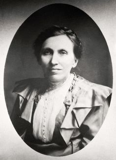 Pauline Fjelde | Norwegian immigrants and sisters Pauline and Thomane Fjelde gained notoriety for winning a gold medal at the 1893 World's Columbian Exposition for their work embroidering the first Minnesota State Flag.