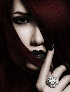 Ideas for hair red dark gothic beauty Dark Beauty, Goth Beauty, Dark Fashion, Gothic Fashion, Fashion Beauty, Gothic Makeup, Peinados Pin Up, Dark Red Hair, Gothic Girls