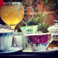 Hoy en Oceanomare....Momento café:Desayunos y meriendas por Madrid @tomacafe @mamaframboise @museodelromaticismo .Por todos aquellos momentos especiales,anuncios importantes,confidencias y secretos e historias que comienzan alrededor de una taza de café....http://oceanomareblog.wordpress.com/2014/10/15/momento-cafe-desayunos-y-meriendas-en-madrid/ #oceanomareblog #eljardinsecretodeSB #tomacafe #mamaframboise