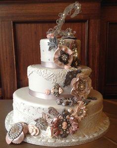 Vintage Broach Wedding Cake