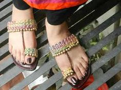 Wear such classy decorative kolhapuri chappal with your matching dress and get remarkable views from onlookers and enjoy.