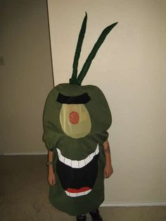 DIY plankton costume... for a nerd Halloween party.