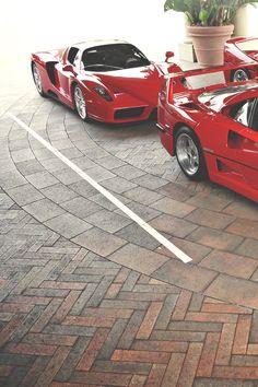 Ferrari Enzo behind a Ferrari F40