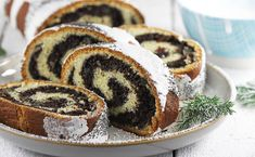 Makowiec | AniaGotuje.pl Sweet Recipes, Cake Recipes, Low Carb Side Dishes, Country Cooking, Polish Recipes, Christmas Cooking, Eat Dessert First, Food Cakes, Pavlova