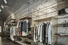 amazing merchandise display http://retaildesignblog.net/2014/09/18/blond-boutique-concept-store-by-christopher-ward-carpi-italy/