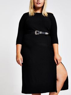 RI Plus Ri Plus Midi Dress - Black Plus collection Material Content: Elastane, Polyester Textured jersey fabric Crew neck Midi length Front split High Leg Boots, Black Midi Dress, Long Toes, Curvy Fashion, Short Skirts, Dress Outfits, Knitwear, Evening Dresses, Your Style
