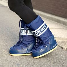 MOON BOOT NYLON / BLUE by イタリアテクニカ社デザインチーム